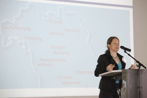 Vorstellung des DCNN durch die Koordinatorin, Yvonne Eder
